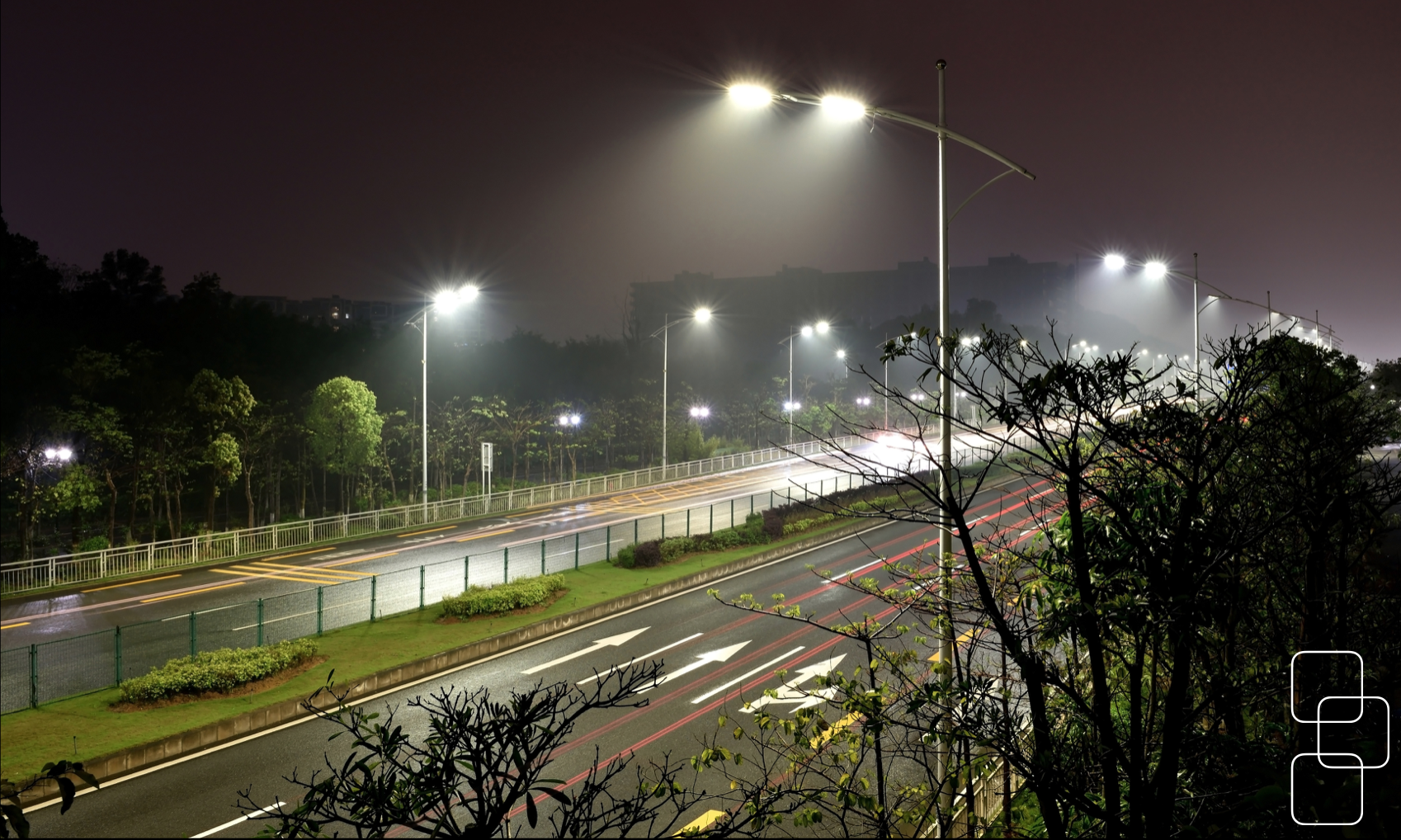 HIGH WAY STREET LIGHTS