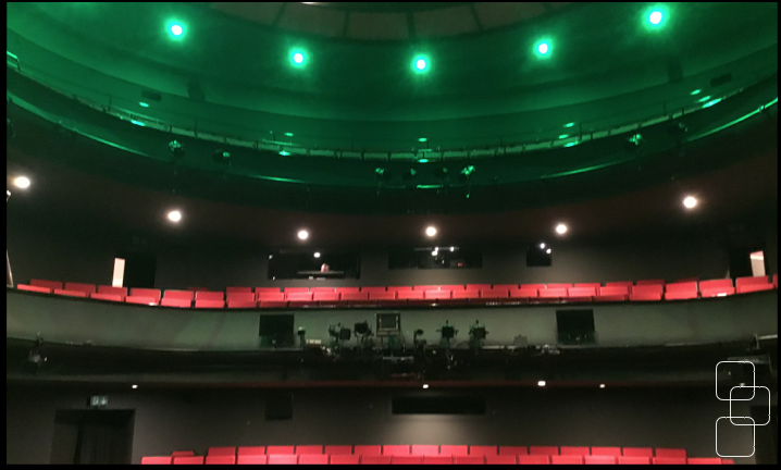 + FULL COLOUR AUDIENCE AREA